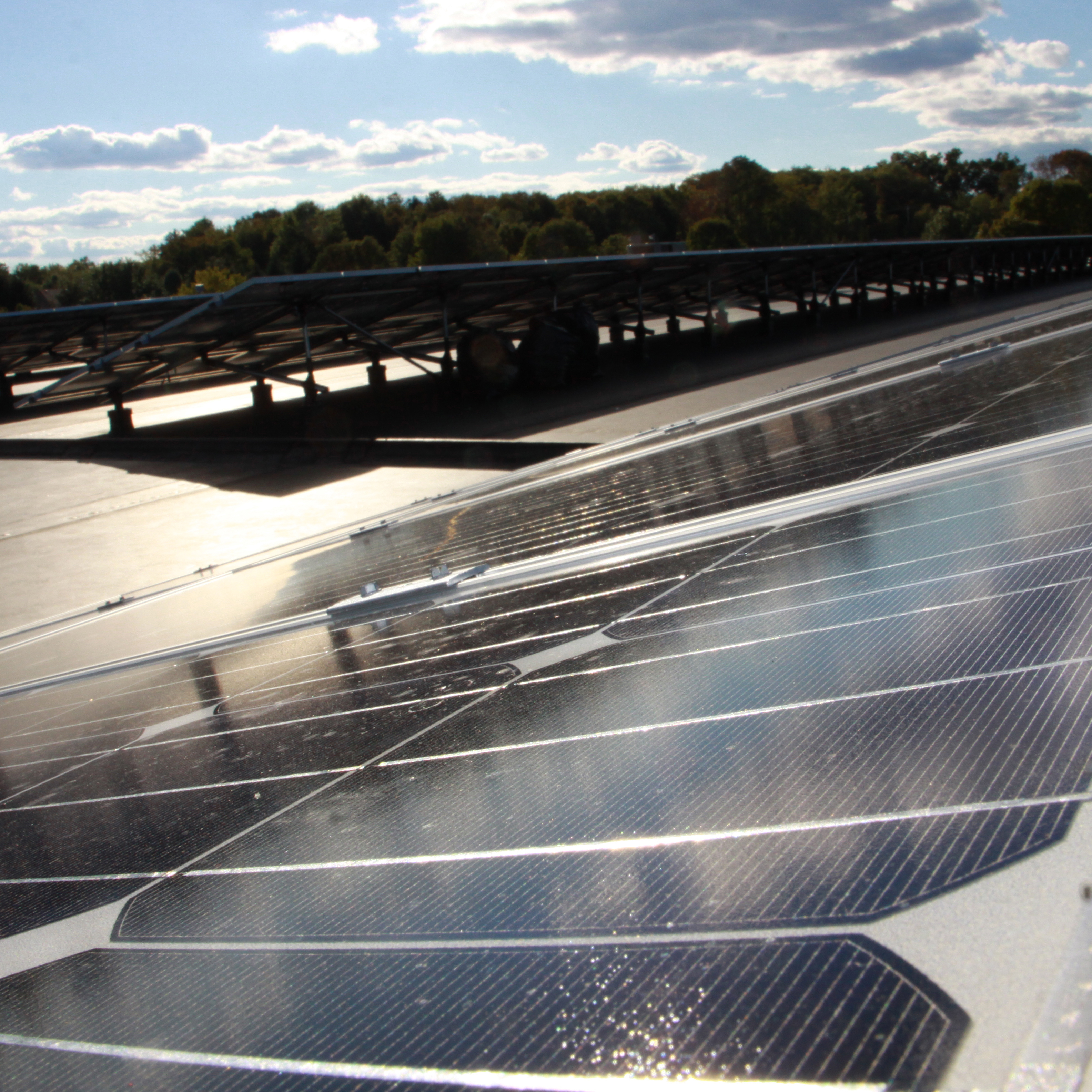 Solar panels on UPS facility in Parsippany, New Jersey, United States